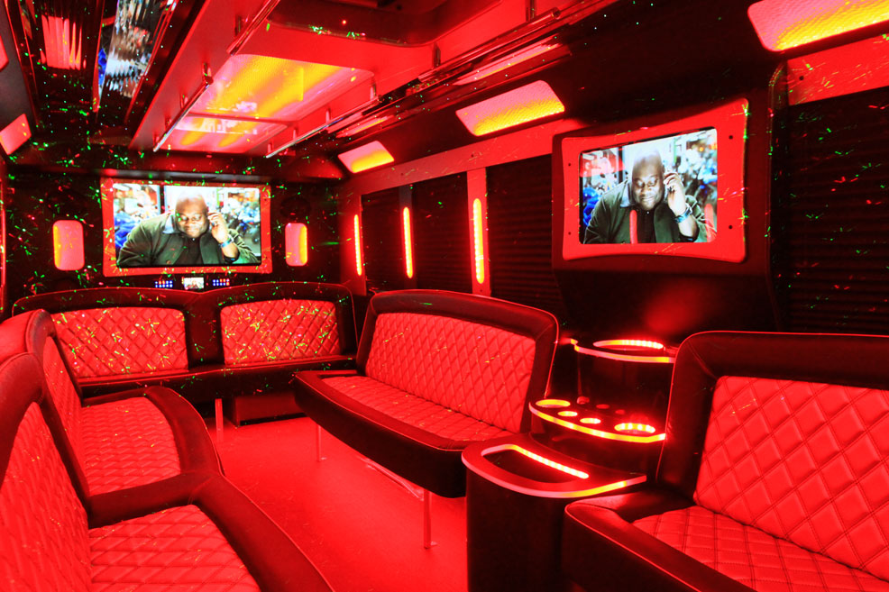 Limo Van interior with screen4
